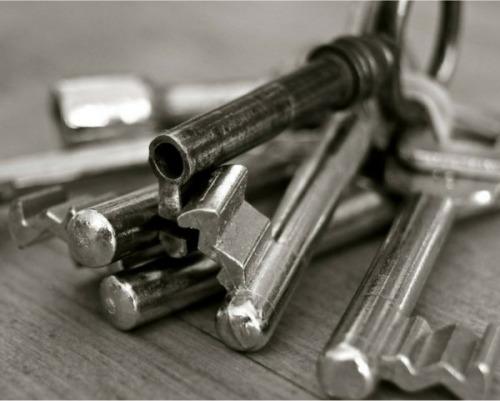 porte basculanti serrature apertura motorizzata